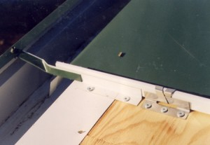 Gutter and blind roof clip detail. No fasteners exposed to the elements for extended performance.